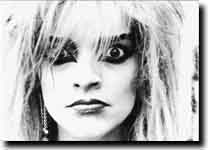 Nina Hagen, Berlin-Tempodrom, 1987,( with 1 eye she stares into the camera and same time she rolls the other eye to the music...)(genius.)